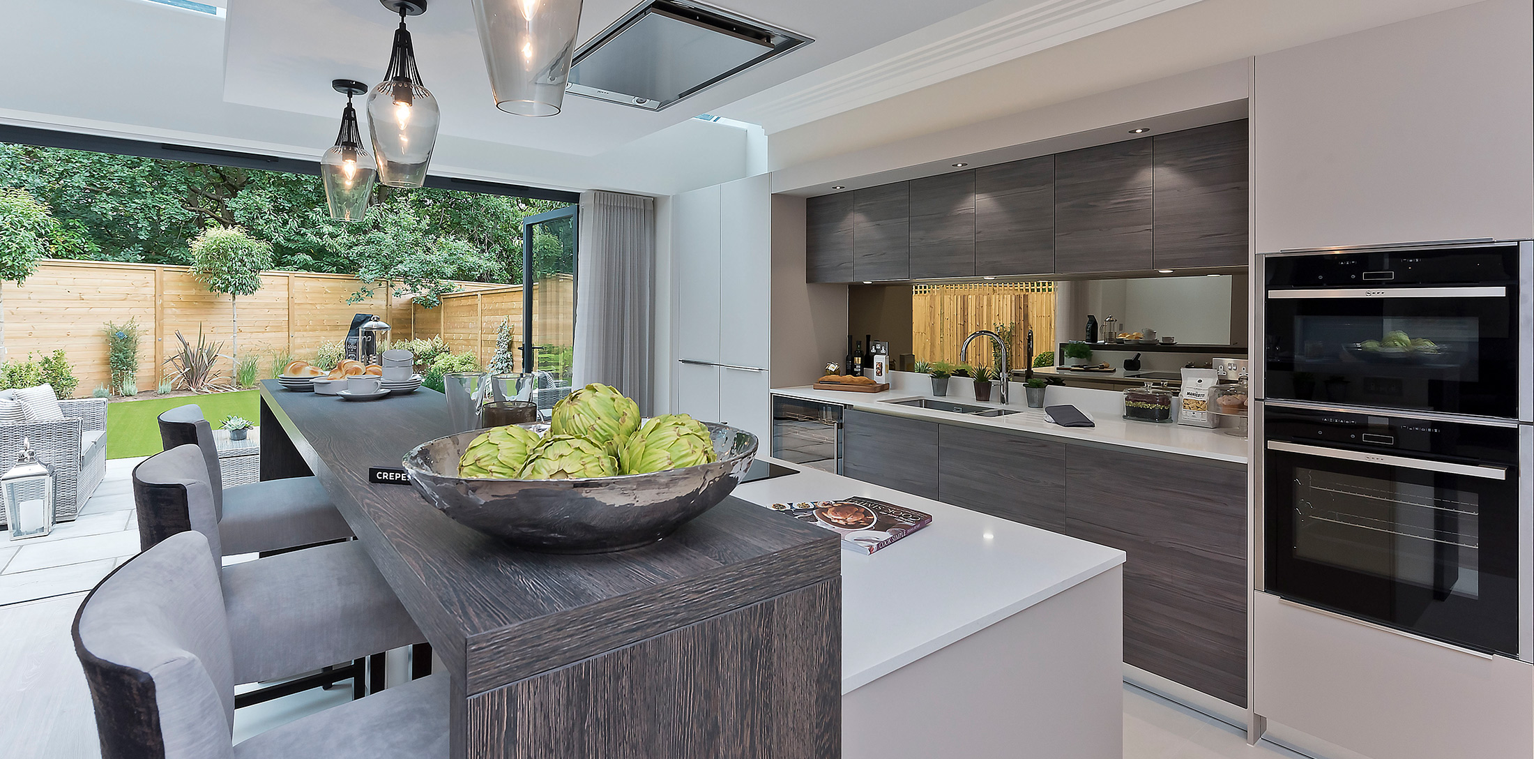concept-development-property-home-henley-drive-kitchen-breakfast-bar-pendant-lights-bifold-doors