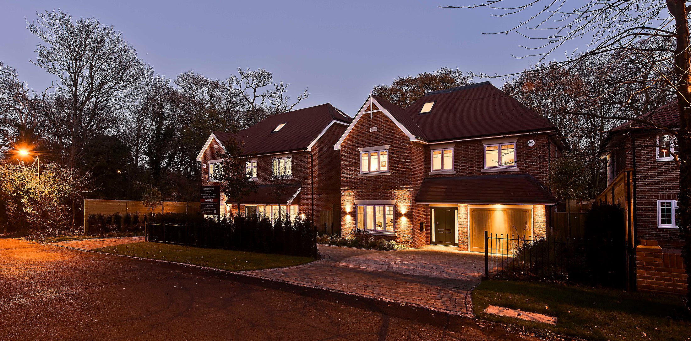 concept-developments-henley-drive-coombe-hill-dusk-3