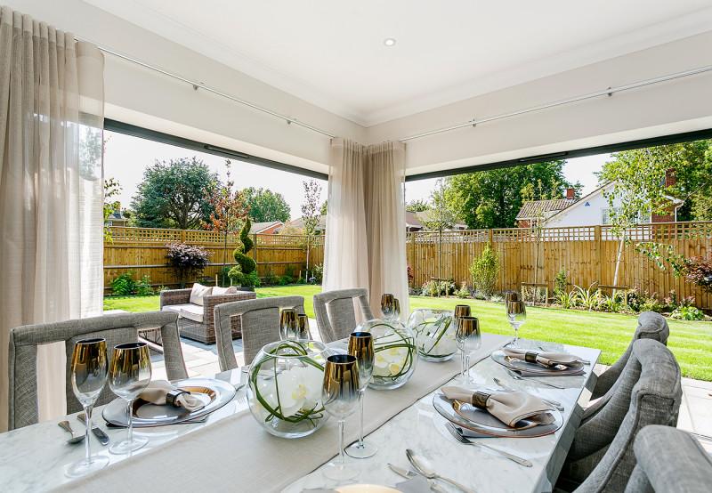 concept-development-property-belmont-court-gallery-bungalow-bifold-doors-dining