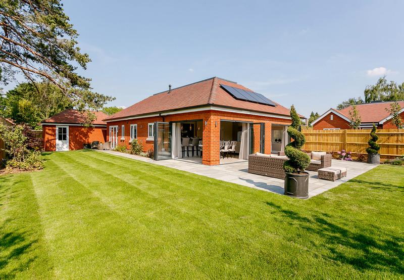 concept-development-property-belmont-court-gallery-bungalow-garden-bifold-doors