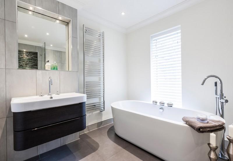 concept-rivermount-bathroom-bath