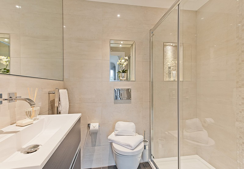 concept-white-hart-mews-old-woking-bathroom-1
